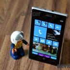 Nokia Lumia 925 image 2