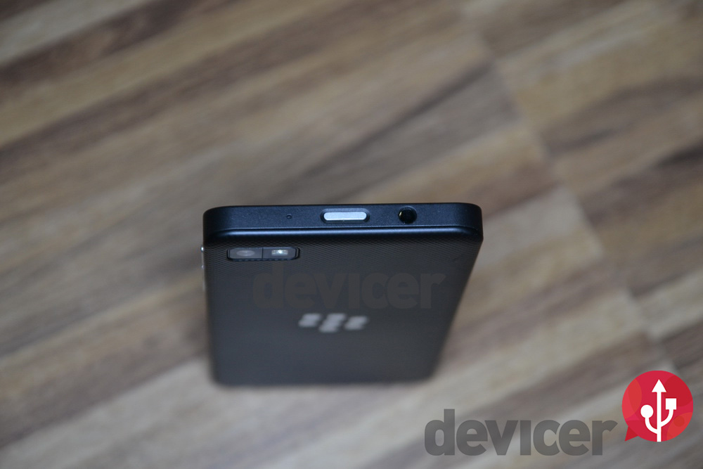 BlackBerry Z10 top view