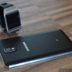 Samsung Galaxy Note 3, Gear